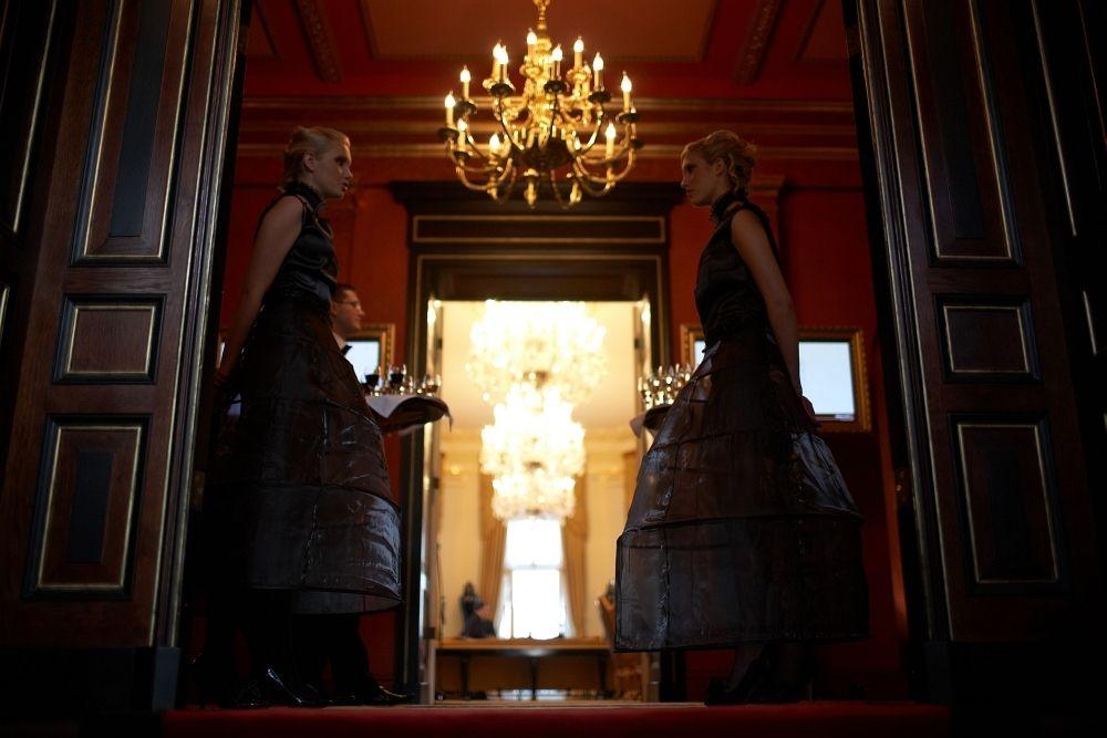 Modelki, Hostessy jako Fordanserki – tańczące dziewczyny